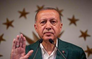 El presidente turco Tayyip Erdogan poco antes de pronunciar un discurso.