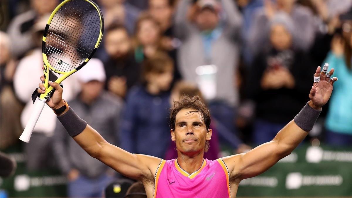 Rafa Nadal festeja su victoria en Indian Wells.
