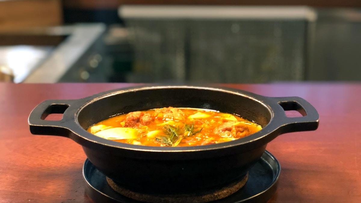 Receta de albóndigas del chef Marc Roca, del restaurante Blau BCN.