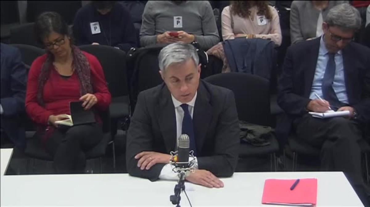 El ex secretario general del PP en Valencia sostiene que ese dinero lo aportaban empresarios a cambio de subvenciones.