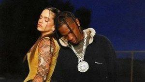 Rosalía y Travis Scott, en una imagen promocional de la canción 'TKN'.