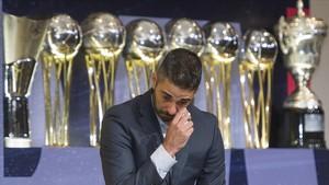 Juan Carlos Navarro se emociona en su despedida como jugador del Barça de básquet, este viernes en el auditorio del club azulgrana.