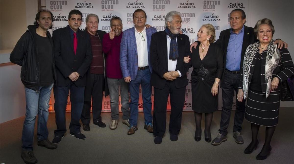 De izquierda a derecha, Rogeli Herrero, Miliu Calabuch, Chacho, Moncho, César Biosca, Chiquetete, Pepa Garrido, Justo Molinero y Maruja Garrido.