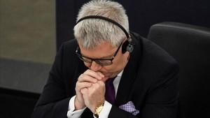 Ryszard Czarnecki, el vicepresidente cesado, en la sesión del Parlamento Europeo en Estrasburgo.