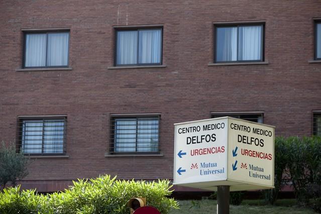 Una imagen del exterior del centro médico Delfos.