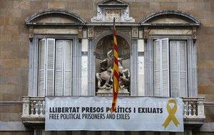 El Govern mantindrà la pancarta amb el llaç groc a Palau malgrat el veto