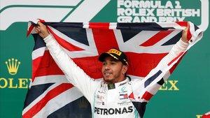 Hamilton camina cap a la seva sisena corona