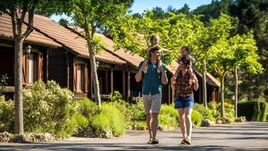 El carácter familiar del camping despierta el interés de padres e hijos por este tipo de alojamiento vacacional.