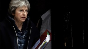 zentauroepp42507357 britain s prime minister theresa may leaves 10 downing stree180314133943