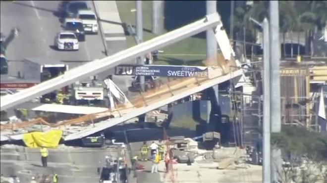 Almenys quatre morts i 10 ferits a lensorrar-se un pont a Miami