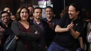 Ada Colau, Pablo Iglesias y jaume Asens en el acto de Barcelona.