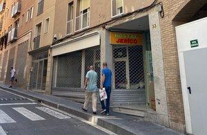 El albergue Jericó de Lleida, cerrado por el brote de coronavirus con cinco casos positivos.