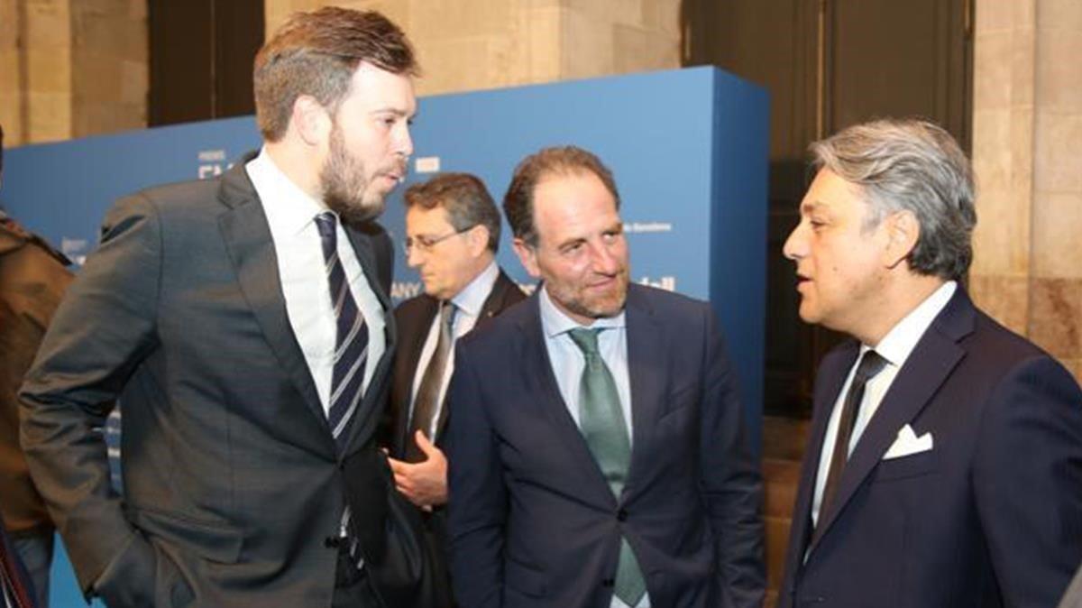 Antonio Asensio,Luca de Meo y Enric Hernández en los premios Empresa del Año de EL PERIÓDICO.