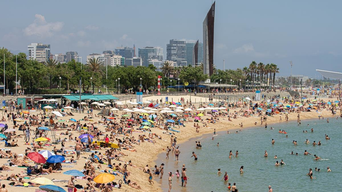 Barcelona Closes Six Beaches Due To High Concentration Of People World Today News