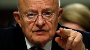 Clapper testifica ante una comisión del Senado sobre las ciberamenazas extranjeras, en Washington, el 5 de enero.