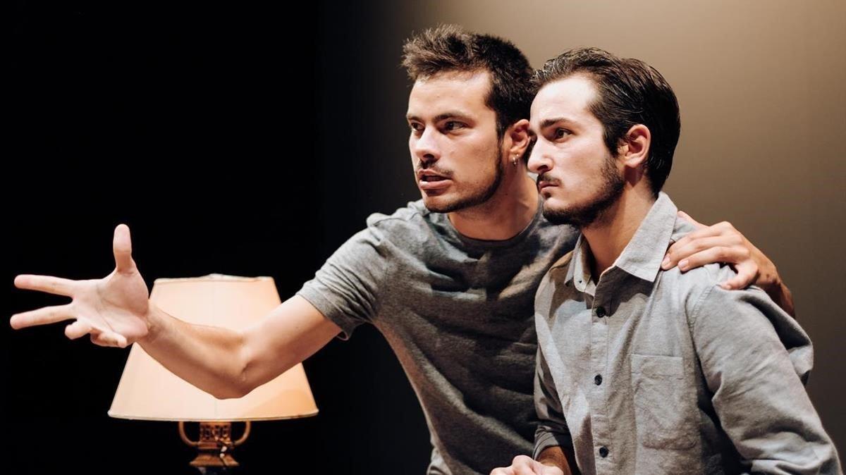 Escena de 'Kràmpack', en el Teatre Aquitània.