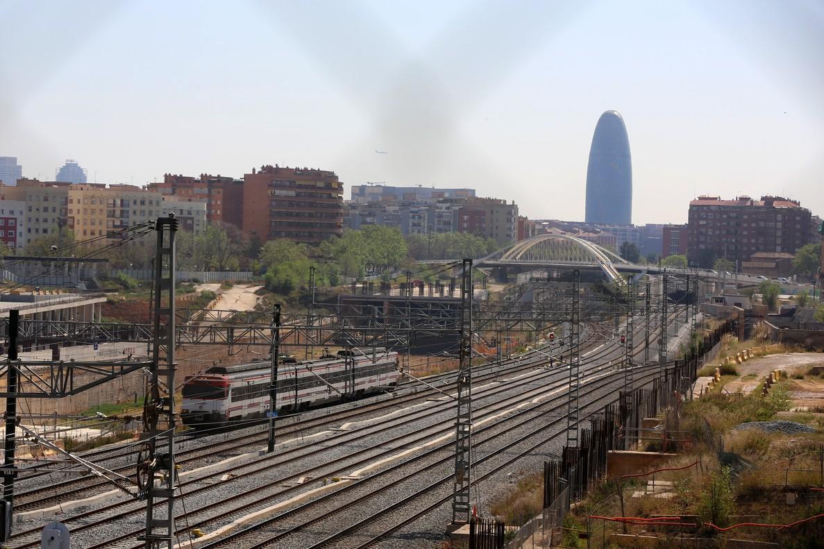 Estado actual de las obras de la futura estacion del AVE de La Sagrera.