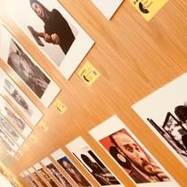 La exposición Elles_Ells se puede ver en la Biblioteca de Sant Ildefons hasta el 5 de septiembre