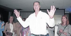 El alcalde saliente de Badalona, Xavier García Albiol, en la noche electoral.