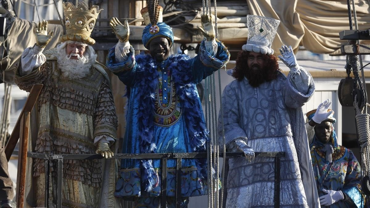 Melchor, Gaspar y Baltasar, tras llegar a Barcelona.
