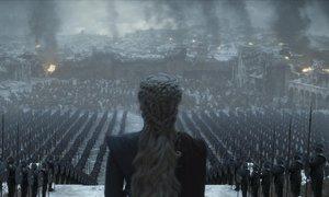 Daenerys Targaryen, frente a su ejército en el último episodio de 'Juego de tronos'.