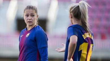 Las futbolistas dan el último paso hacia la profesionalización con un convenio colectivo histórico