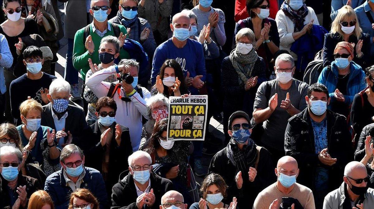 Manifestación en París por el asesinato del profesor Samuel Paty.