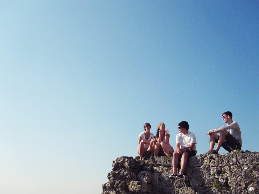 Seis jóvenes acercan las marcas tradicionales a la generación Z