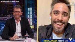 Pablo Motos y Roberto Leal, durante la entrevista en 'El hormiguero'.