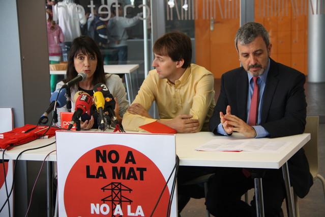 Parlón, López y Collboni durante el acto contra la MAT.