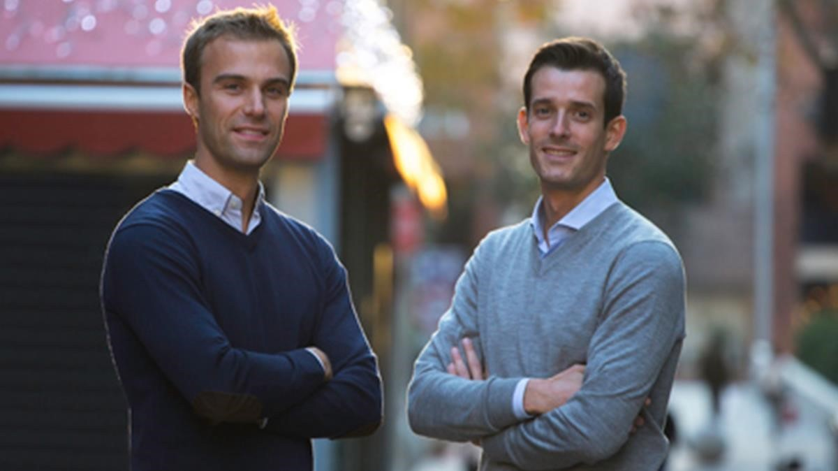 Philippe Claessens (izquierda) yDavid Veil-Héraud, cofundadores de Bookeat.
