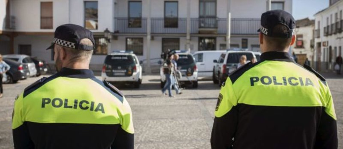 Policías locales de Granada.