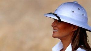 La primera dama de EEUU, Melania Trump, en su visita a Kenia.