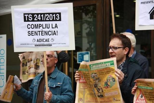 Protesta contra las cláusulas suelo en Barcelona.