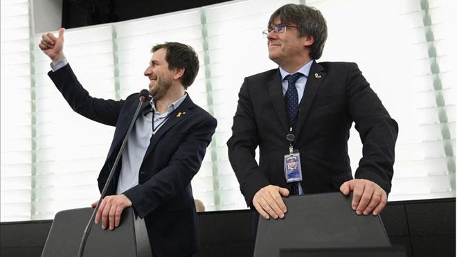 L'Eurocambra posa en marxa el suplicatori contra Puigdemont i Comín