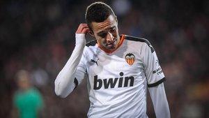 Rodrigo Moreno, en un gesto de pesar en el Valencia-Real Madrid del pasado mes de diciembre.