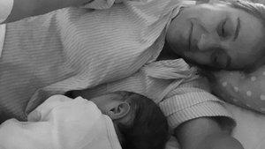 Tania Sánchez, con su bebé.