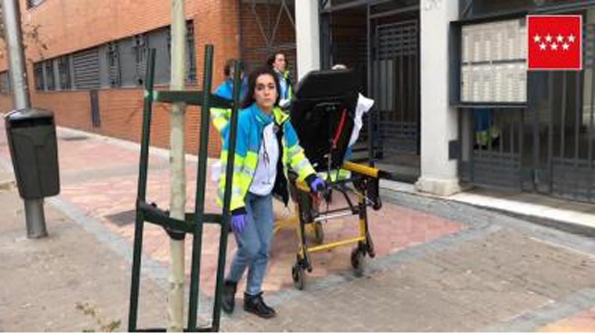Una mujer de 24 años ha recibido seis puñaladas en Vallecas (Madrid).