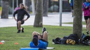Les 5 millors 'apps' per fer exercici sense necessitat d'anar al gimnàs
