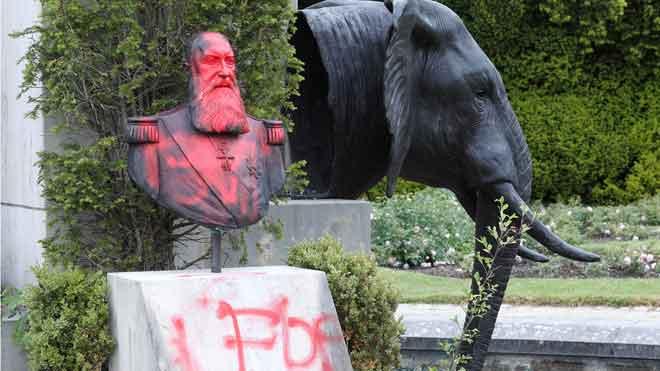 Vandalizadas estatuas del rey Leopoldo II en Bélgica.