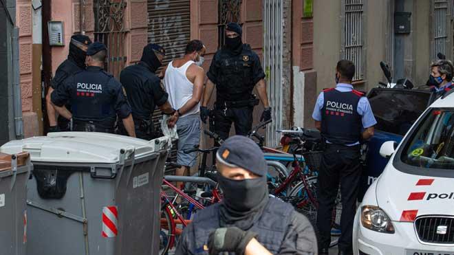 La cèl·lula gihadista desarticulada a Barcelona planejava atemptats, però no imminents