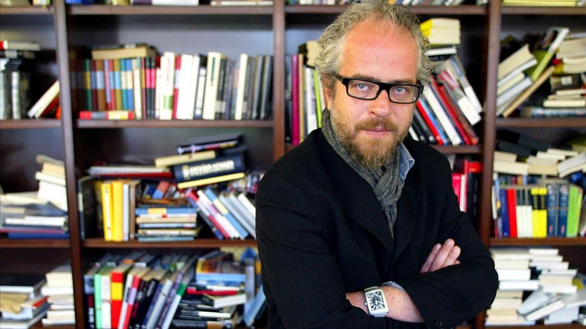 Claudio López Lamadrid, en su despacho.