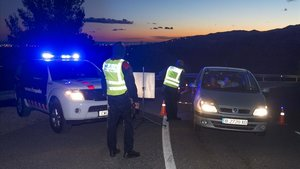 Control de los Mossos d'Esquadra en Alcover.
