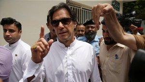 El Pakistan expulsa l'ambaixador de l'Índia per la crisi del Caixmir