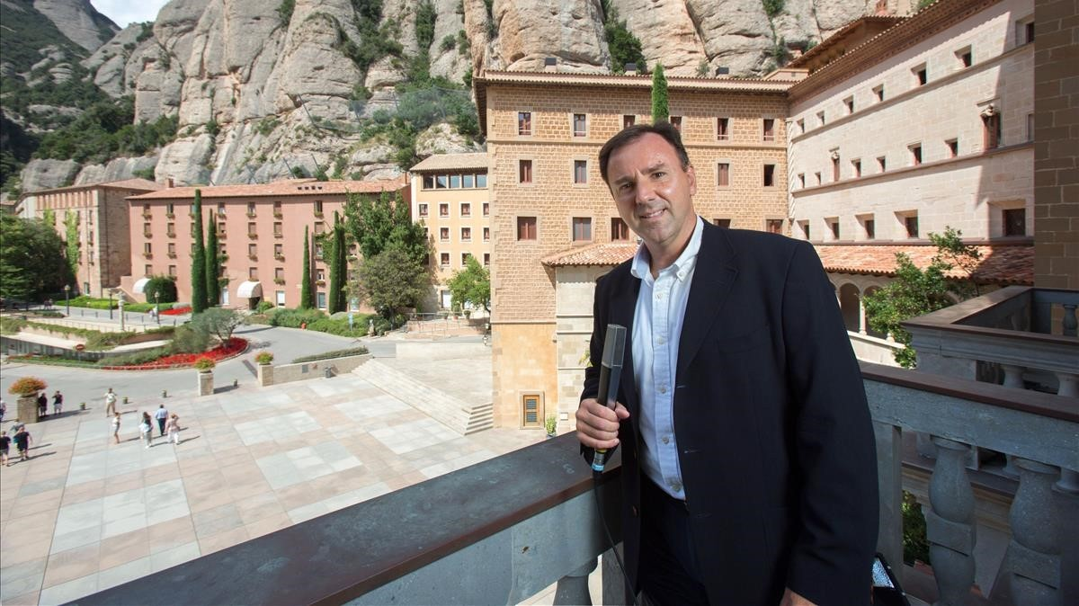 Òscar Bardají, responsable de Montserrat Radio, en el monasterio.