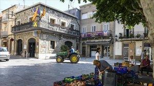 El ayuntamiento de Sant Vicenç de Castellet, donde se celebraban las supuestas bodas amañadas.