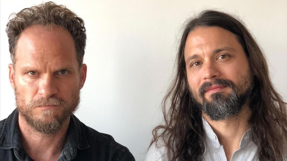 Bensi i Jurriaans: la por feta música per a 'El visitante'