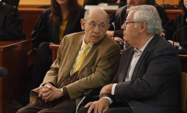 Félix Millet (izquierda) y Jordi Montull, en el juicio por el caso del hotel del Palau, el 8 de abril del 2014.
