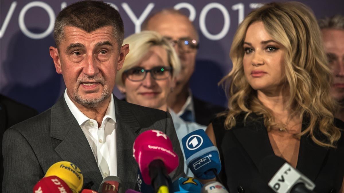 El multimillonario Andrej Babis, líder del movimiento ANO, habla en una conferencia de prensa, en Praga, el 21 de octubre.