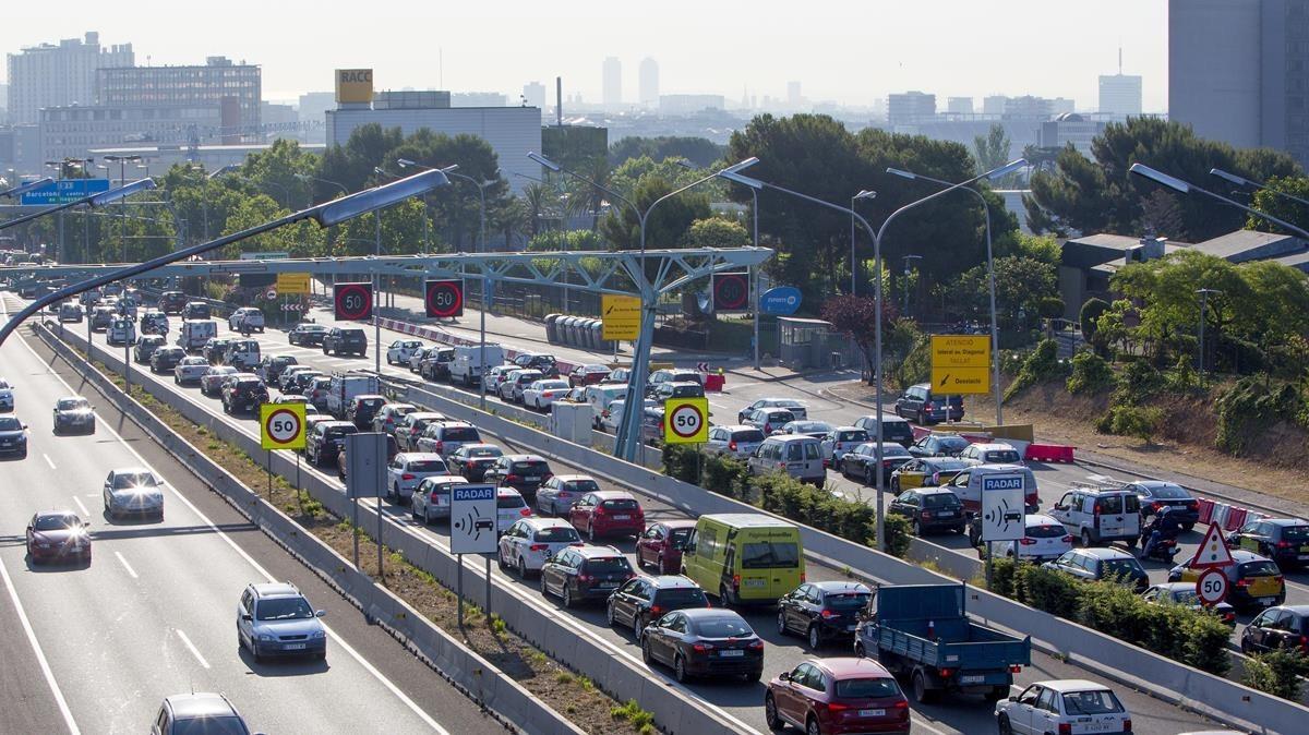 rjulve30233905 barcelona 29 06 2015 distritos atasco trafico que se produce171201124034